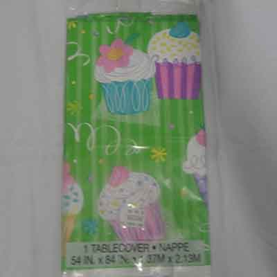 TheVarietyShop_Cupcake_TableCloth_1pc